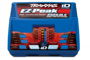 Зарядное устройство Traxxas EZ-Peak Plus 4-amp NiMH/LiPo with iD™ Identification (Dual Output) фото